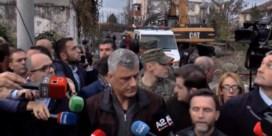 Hevige naschok verstoort persmoment van Kosovaarse president