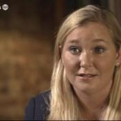 Vrouw die prins Andrew beschuldigt vraagt Brits publiek om haar te steunen