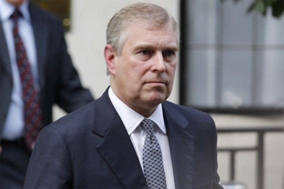 Is prins Andrew onschendbaar in seksschandaal?