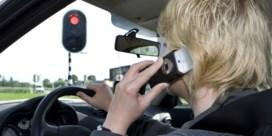 Rijden zonder gordel, beetje te snel, gsm'en achter stuur? Niemand kan boete nog ontlopen