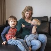 """'Als het kind zelf """"mama melkje"""" kan vragen, vinden ze borstvoeding plots raar'"""