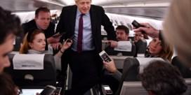 Boris Johnson krijgt kritiek voor reactie op foto van ziek kind