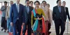 Aung San Suu Kyi met grote steun naar genocideproces in Den Haag