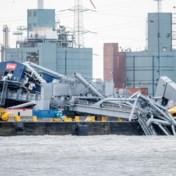 Op drift geslagen containerschip botst tegen kraan in Waaslandhaven