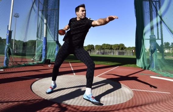 Ex-vicewereldkampioen Philip Milanov verliest topsportcontract net voor de Spelen: 'Ik voel mij in de zak gezet'
