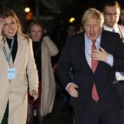 Johnson veegt Labour met absolute meerderheid weg, Corbyn stapt voorlopig niet op