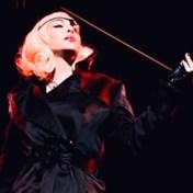 Madonna haalt uit naar Trump tijdens concert: 'Impeach Donald Trump'