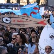Tienduizenden 'Sardienen' protesteren in Rome tegen uiterst rechts