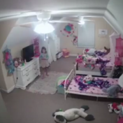 Man hackt beveiligingscamera in kamer van achtjarig meisje: 'Ik ben de Kerstman'