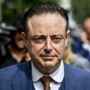 De Wever: 'Ik beloofde Open VLD en CD&V dat ik hen nooit zou laten vallen'