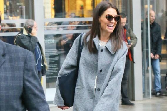 Katie Holmes draagt Antwerpse mantel