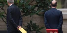 PS prikt 'paars-gele leugen' door