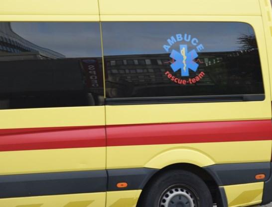 Fietser overleden na aanrijding door vrachtwagen in Zwijndrecht