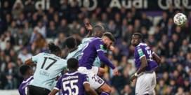 Club Brugge verslaat Anderlecht met 0-2 en plaatst zich voor halve finale beker