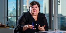Maggie De Block noemt loting met Pia-medicijn 'onbegrijpelijk'