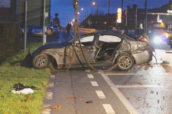 Jonge vrouw (20) sterft in verkeersongeval, bestuurder reed onder invloed
