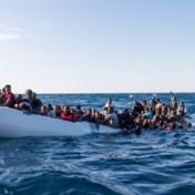 Helft minder bootvluchtelingen in Italië aangekomen