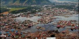 Nabestaanden herdenken slachtoffers 15 jaar na verwoestende tsunami