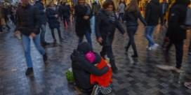 Kinderrechtencommissaris luidt alarmbel over 'bedeltoerisme' van gezinnen met kinderen