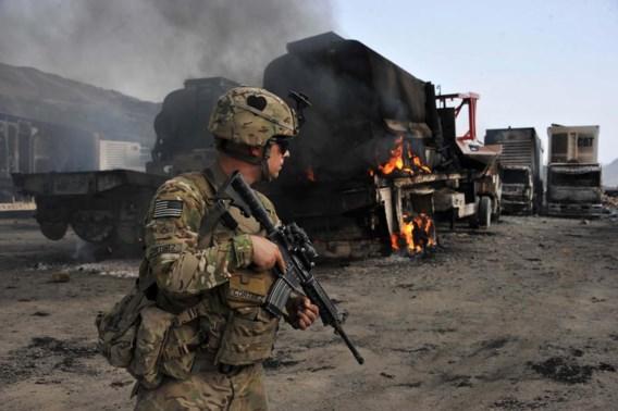 Taliban graven tunnel naar legerbasis en doden tien militairen