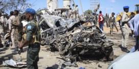 Meer dan 100 doden bij explosie bomauto in Mogadishu