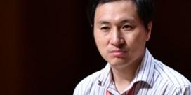 Chinese wetenschapper die genen van baby's aanpaste veroordeeld tot drie jaar cel