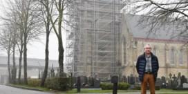 Stad laat drie kerken restaureren
