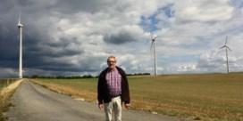 'Zelf windmolens bouwen om ons landschap te redden'