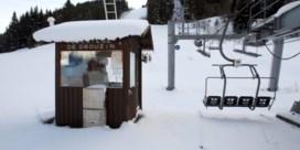 Met de sneeuw zien Franse spookstations ook de hoop op skiërs smelten