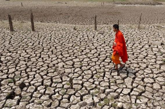 Thaise premier vraagt bevolking minder lang te douchen en sneller tanden te poetsen