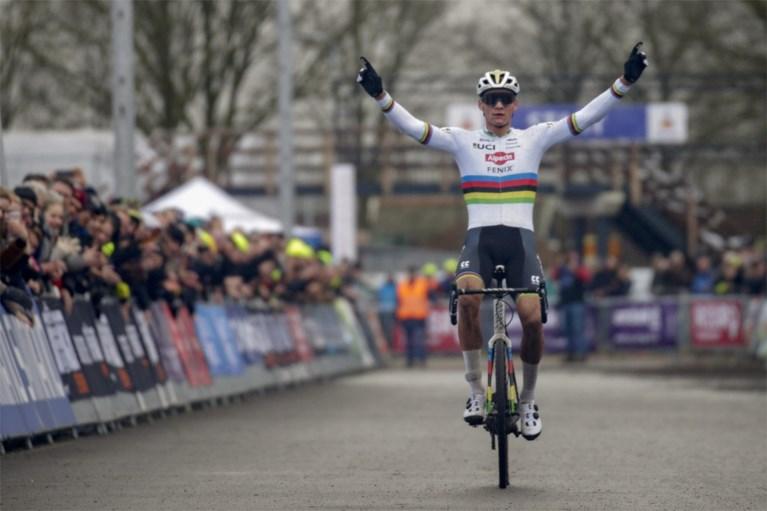 Mathieu van der Poel pakt met vingers in de neus zesde Nederlandse titel op een rij