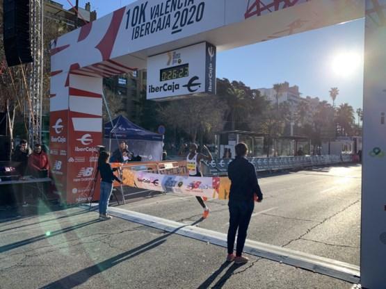 Kenianen Kipruto en Chepkirui verbeteren wereldrecord op 10 km
