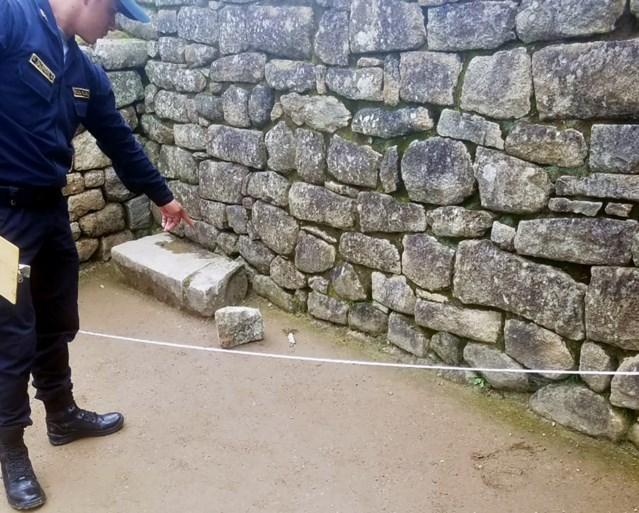 Peru wil toeristen land uitzetten na beschadigen en 'besmeuren' Machu Picchu
