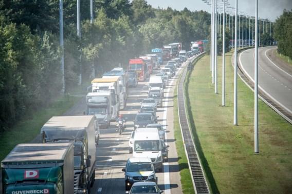 Tot maandag verkeershinder op E314 (omdat chauffeurs zich niet gedragen)