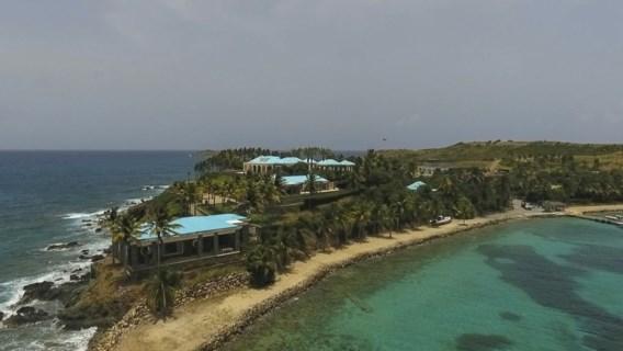 Jeffrey Epstein 'misbruikte en verhandelde meisjes op privé-eiland'