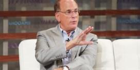 Megabelegger Larry Fink luistert naar klimaatbetogers