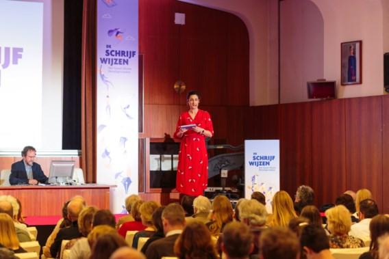 Advocaat uit Paal-Beringen wint dictee De Standaard en is de eerste 'Schrijfwijze'