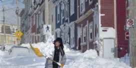Noodtoestand na zware sneeuwstorm in Canada, leger wordt ingezet