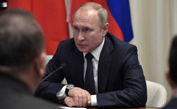 Poetin schuift machtige procureur-generaal opzij