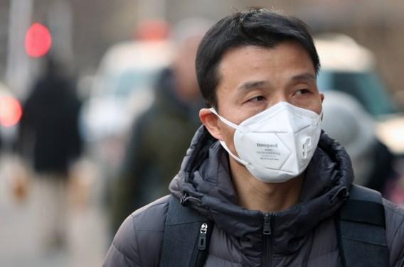 Coronavirus eist 17 levens, Wuhan sluit openbaar vervoer en luchthaven