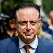 REGERINGSBLOG. Bart De Wever reageert op Bouchez: 'Als informateur help je de zaken zo niet vooruit'