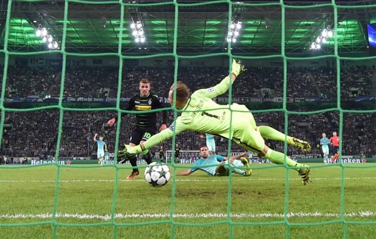 Belg scoorde doelpunt van het decennium voor Mönchengladbach (en het is niet Thorgan Hazard)