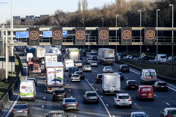 De Block ontgoocheld over vernietiging 'cash for cars'