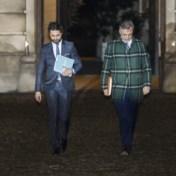 Coens: 'Alle pistes besproken, verkiezingen optie als niets lukt'