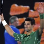 Djokovic zet Raonic opzij en treft in de halve finale voor de 50ste keer in zijn carrière Roger Federer