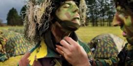 Nieuw: leren voor soldaat in het middelbaar
