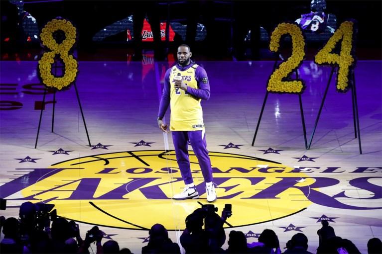Lakers eren Kobe Bryant, maar verliezen