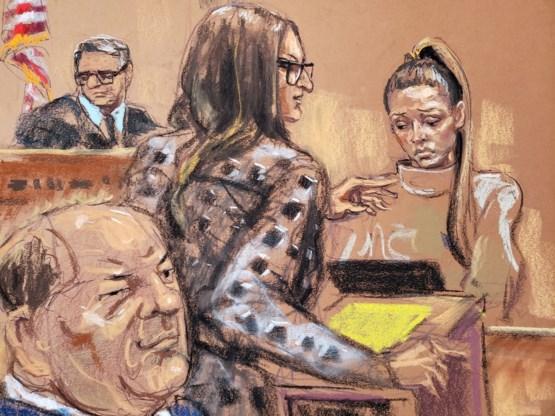 Ex-actrice krijgt paniekaanval tijdens kruisverhoor op proces-Weinstein