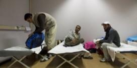 Eerste asielzoekers aangekomen in opvangcentrum Koksijde