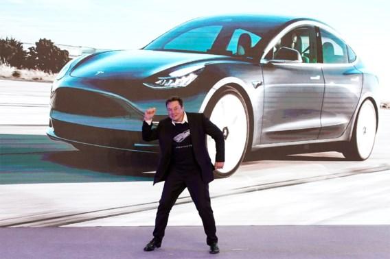 Is Tesla een tulpenbol? In luttele uren tijd ging 16 procent van de koers af